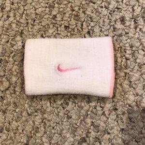 Nike Reversible Wristband